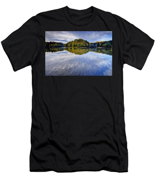 Trakoscan Lake In Autumn Men's T-Shirt (Athletic Fit)