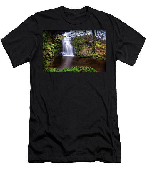 Tranquil Slow Soft Waterfall Men's T-Shirt (Athletic Fit)