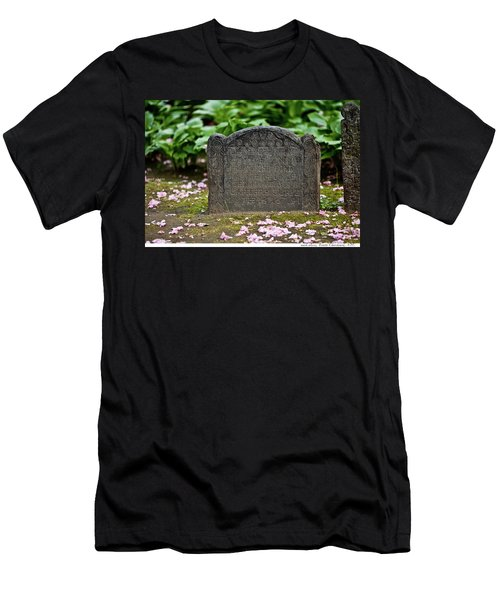 Trinity Church Tombstone Men's T-Shirt (Athletic Fit)