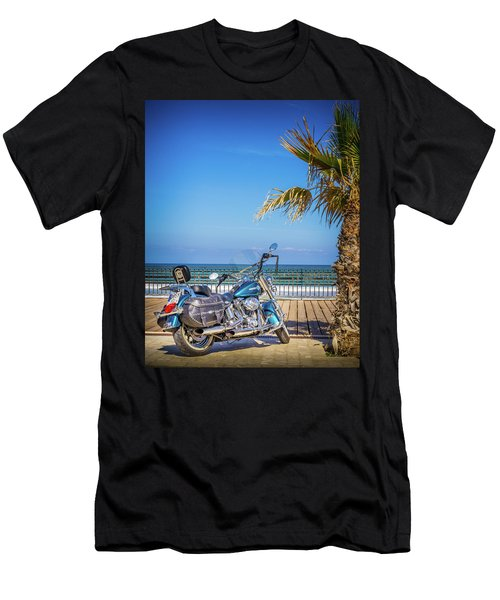 Trip To The Sea. Men's T-Shirt (Athletic Fit)