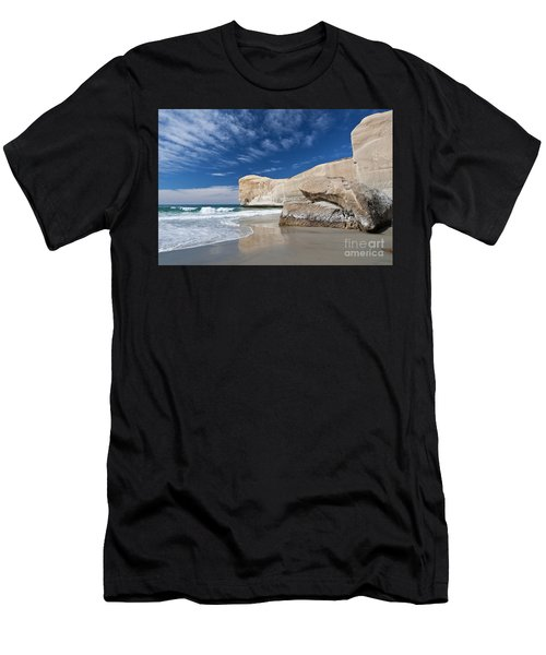Tunnel Beach 1 Men's T-Shirt (Athletic Fit)