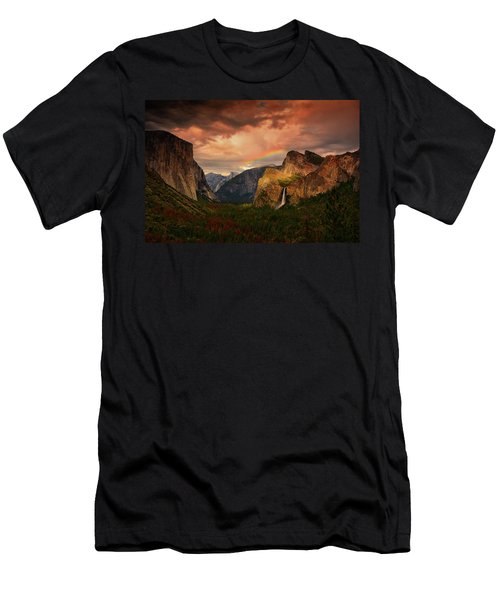 Tunnel View Rainbow Men's T-Shirt (Athletic Fit)