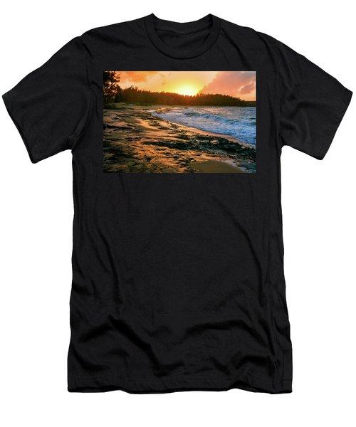 Turtle Bay Sunset 2 Men's T-Shirt (Athletic Fit)