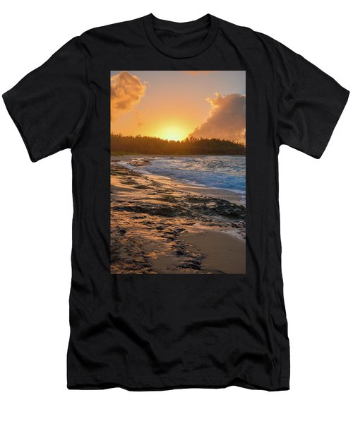 Turtle Bay Sunset 3 Men's T-Shirt (Athletic Fit)