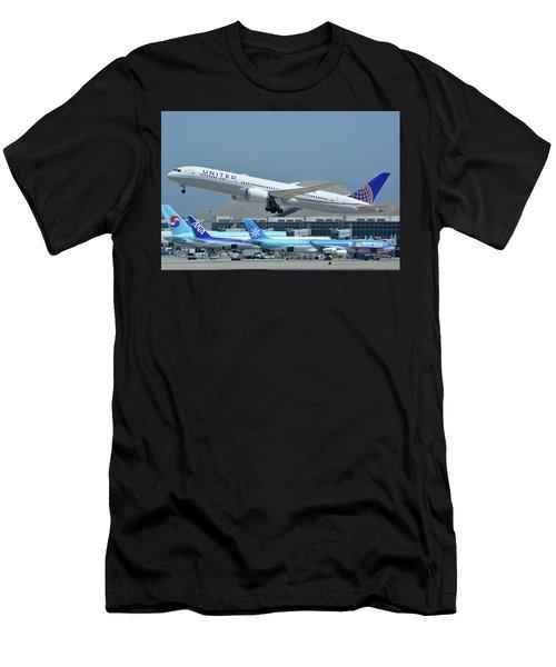 United Boeing 787-9 N27965 Los Angeles International Airport May 3 2016 Men's T-Shirt (Athletic Fit)