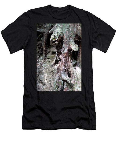 Unusual Tree Root Men's T-Shirt (Athletic Fit)