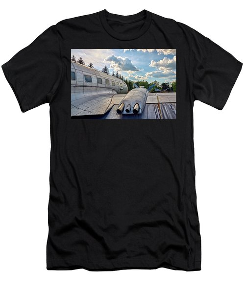 Men's T-Shirt (Athletic Fit) featuring the photograph Uplift by Tgchan
