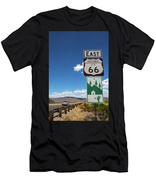 Us Route 66 Sign Arizona Men's T-Shirt (Athletic Fit)
