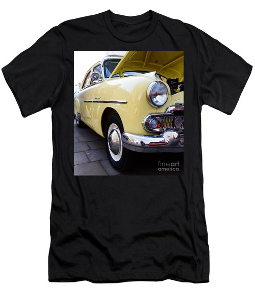 Vauxhall Velox Men's T-Shirt (Athletic Fit)