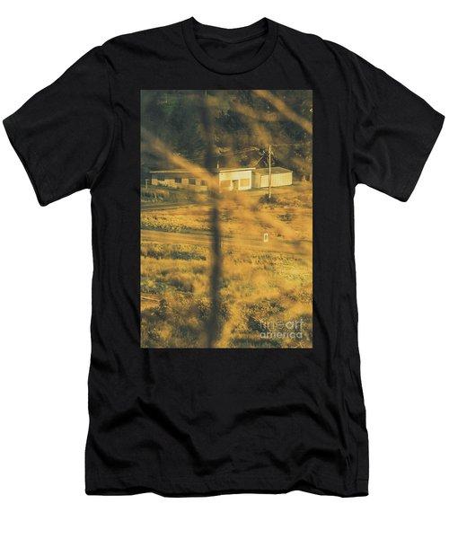 Vegitation View Of Rural Farm Homestead  Men's T-Shirt (Athletic Fit)