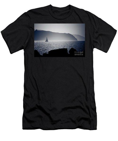 Vela Men's T-Shirt (Athletic Fit)