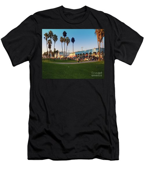 Venice Beach Men's T-Shirt (Athletic Fit)