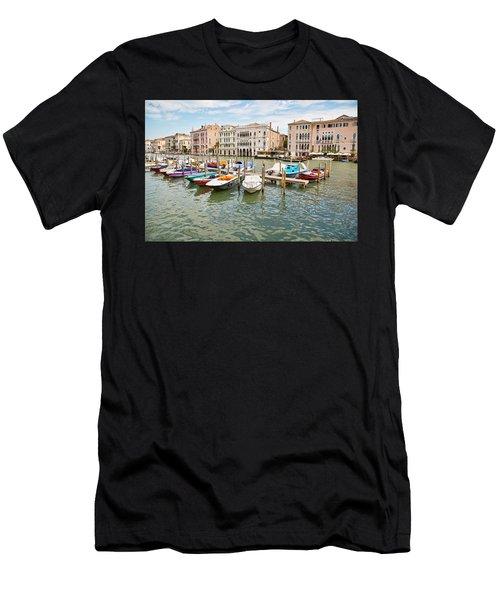 Venice Boats Men's T-Shirt (Athletic Fit)