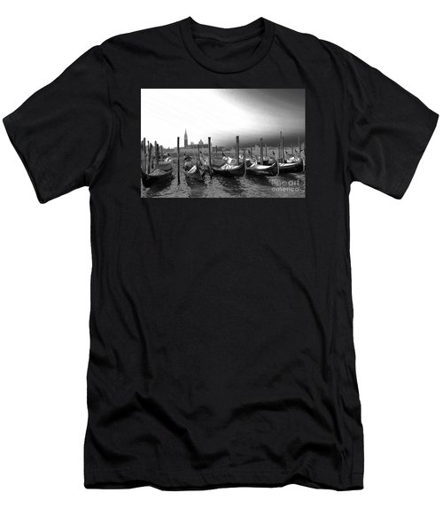 Venice Gondolas Black And White Men's T-Shirt (Athletic Fit)