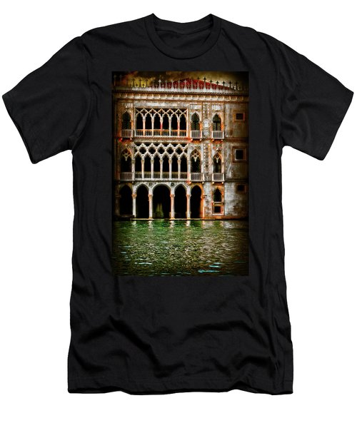 Venice Palace  Men's T-Shirt (Athletic Fit)
