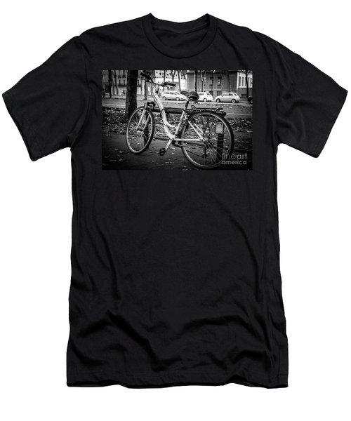 Versailles Bicycle Men's T-Shirt (Athletic Fit)