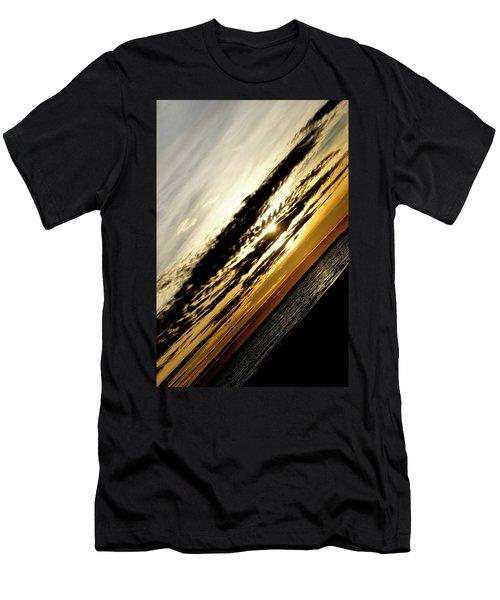Vertical Horizon Men's T-Shirt (Athletic Fit)