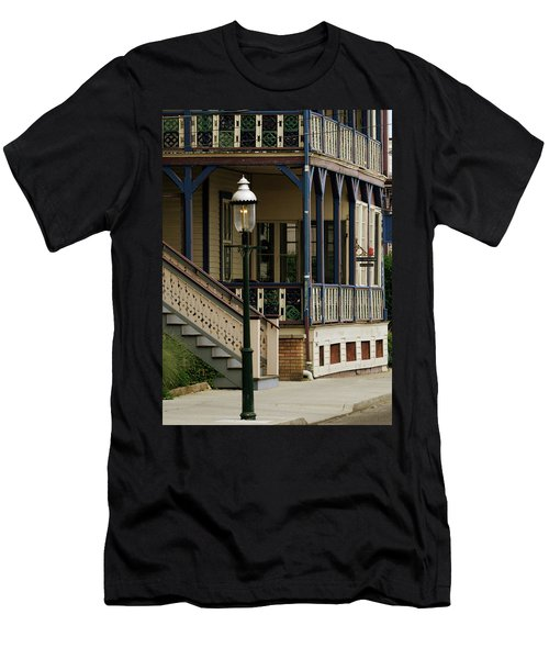 Victorian Cape May Men's T-Shirt (Athletic Fit)