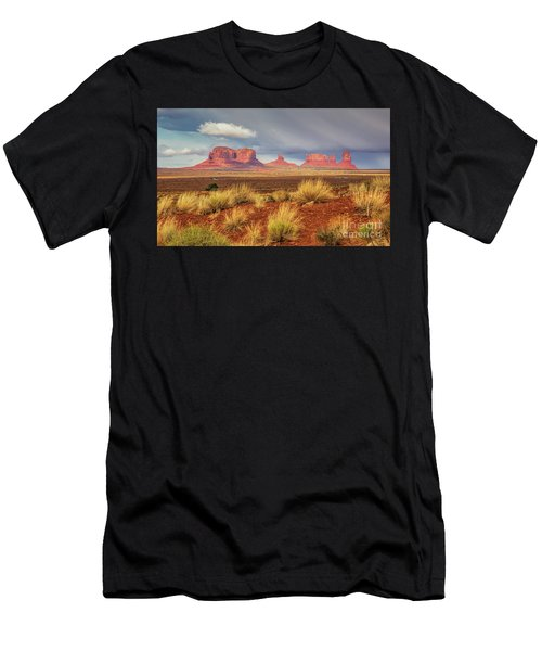 View Of Monument Valley Men's T-Shirt (Athletic Fit)
