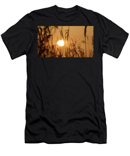 View Of Sun Setting Behind Long Grass B Men's T-Shirt (Athletic Fit)