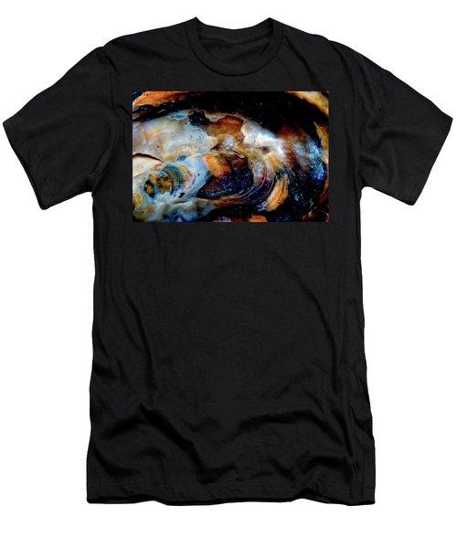 Vilano Sea Shell Constellation Men's T-Shirt (Athletic Fit)