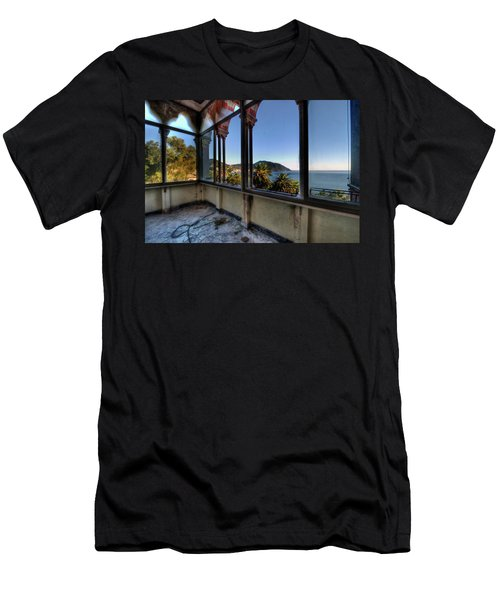 Villa Of Windows On The Sea - Villa Delle Finestre Sul Mare II Men's T-Shirt (Athletic Fit)