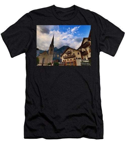 Village Hallstatt Men's T-Shirt (Athletic Fit)