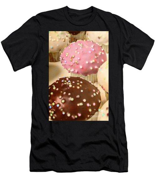 Vintage Bakery Scene Men's T-Shirt (Athletic Fit)