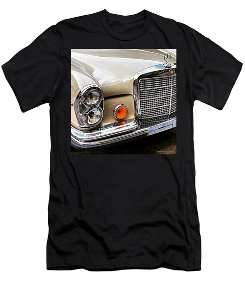 #vintage #car Corner Peek-a-boo Men's T-Shirt (Athletic Fit)