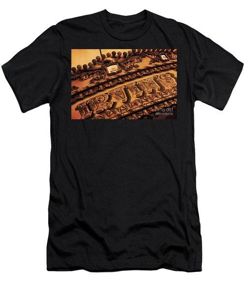 Vintage Fairground Carousel Men's T-Shirt (Athletic Fit)