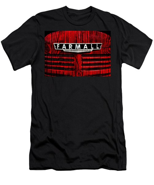 Vintage Farmall Red Tractor With Wood Grain Men's T-Shirt (Athletic Fit)
