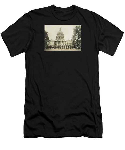 Vintage Motorcycle Police - Washington Dc  Men's T-Shirt (Athletic Fit)