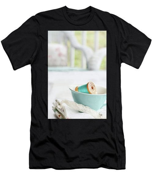 Vintage Wooden Spools Of Thread In Vintage Tea Cup Men's T-Shirt (Athletic Fit)