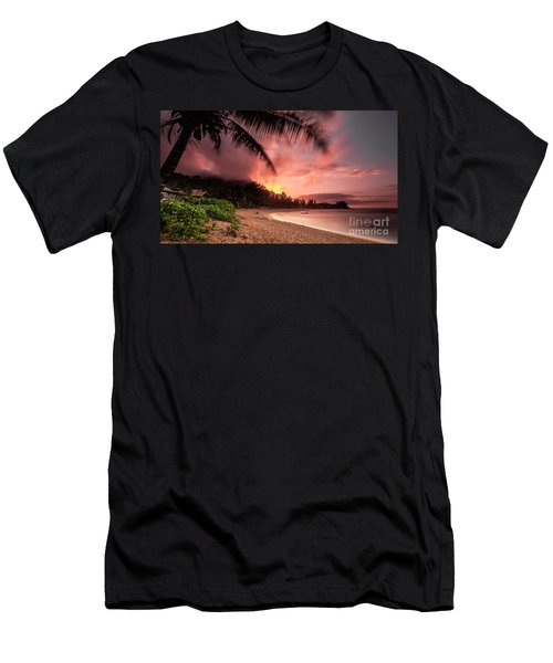 Wainiha Kauai Hawaii Bali Hai Sunset Men's T-Shirt (Athletic Fit)