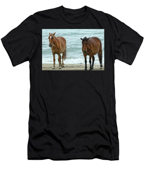 Walk On The Beach Obx Men's T-Shirt (Athletic Fit)