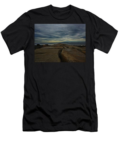 Walk To The Sea Men's T-Shirt (Athletic Fit)