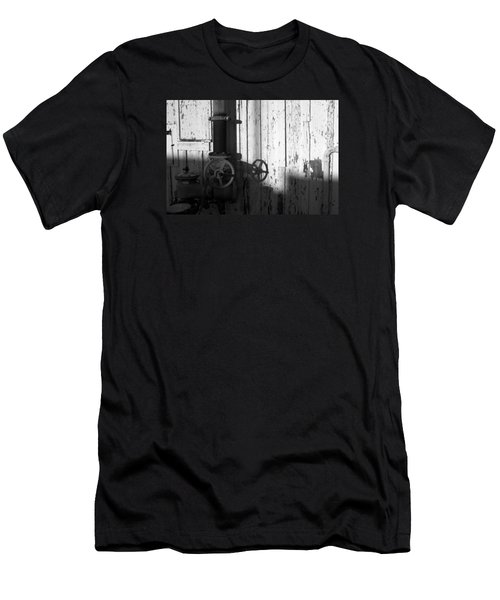 Wall Pipe Shadows Men's T-Shirt (Athletic Fit)