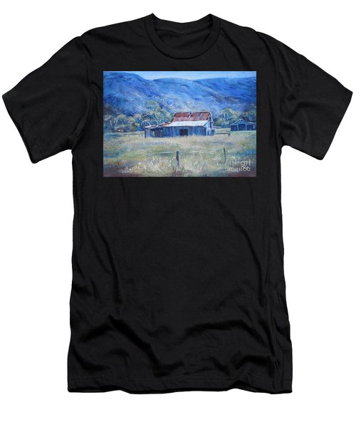 Warby Hut Men's T-Shirt (Athletic Fit)