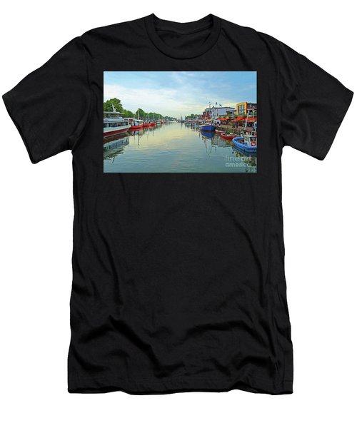 Warnemunde Germany Port Men's T-Shirt (Athletic Fit)