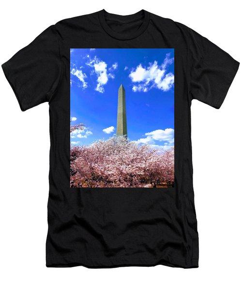 Washington Monument Cherry Blossoms Men's T-Shirt (Athletic Fit)