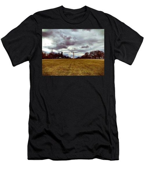 Washington Monument Men's T-Shirt (Athletic Fit)
