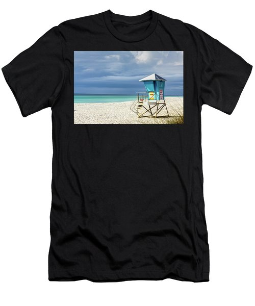 Lifeguard Tower Florida Gulf Coast Men's T-Shirt (Athletic Fit)