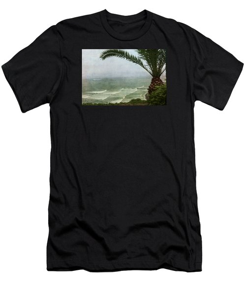 Watching The Boats Come In Men's T-Shirt (Athletic Fit)
