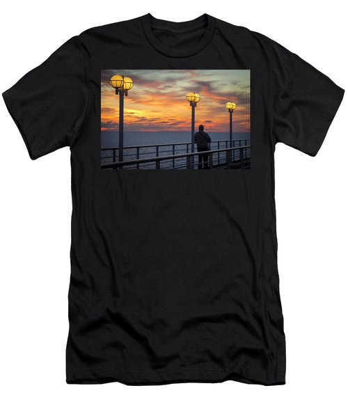 Watching The Sun Go Down Men's T-Shirt (Athletic Fit)