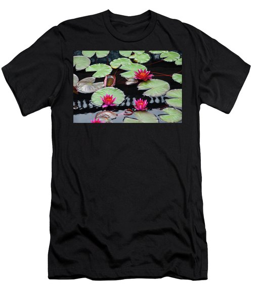 Water Lillies In Longwood Gardens Chester County Pa Men's T-Shirt (Athletic Fit)