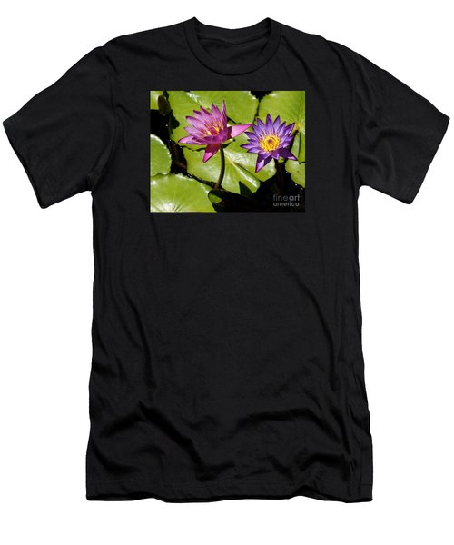 Water Lily 14 Men's T-Shirt (Athletic Fit)