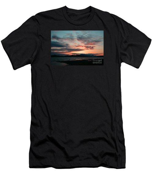 Welcome Beach Sunset 2015 Men's T-Shirt (Slim Fit) by Elaine Hunter