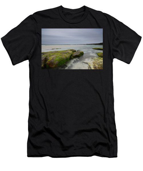Welcome To Barra Men's T-Shirt (Athletic Fit)