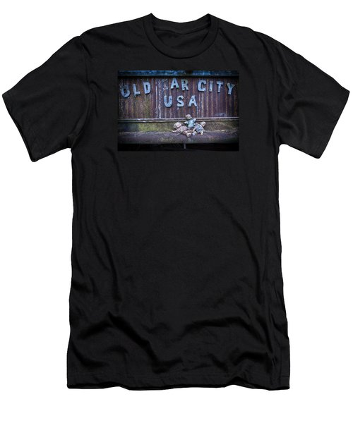 Welcome To Old Car City Men's T-Shirt (Athletic Fit)