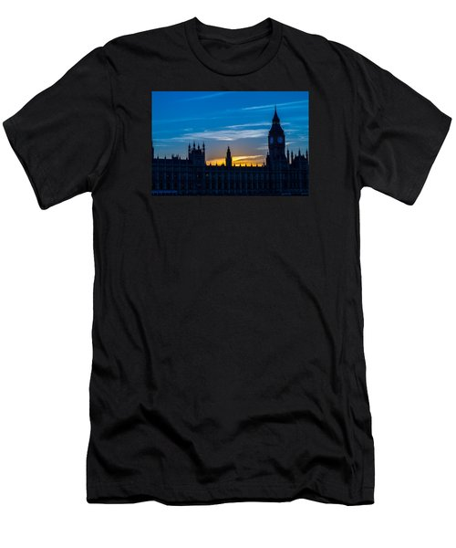 Westminster Parlament In London Golden Hour Men's T-Shirt (Athletic Fit)